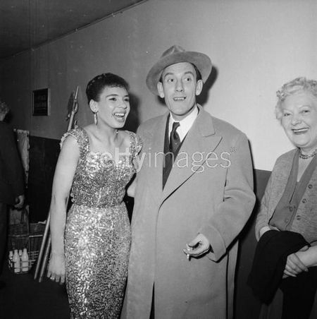 27th_april_1956_the_welsh_singer_shirley_bassey_with_the_comedian_tommy_trindersmall.jpg