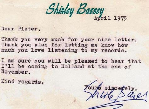 Shirley Bassey Blog | Unofficial Dame Shirley Bassey News