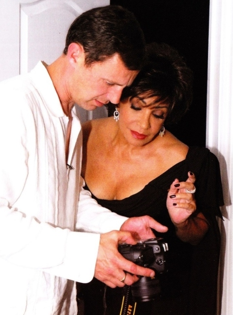 Let's see what we've got here. Dame Shirley Bassey has a sneak preview of her pictures