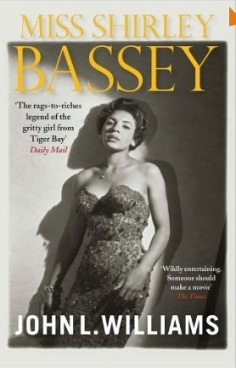 Biography of Dame Shirley Bassey