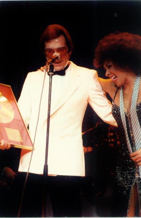00-award-nov-1984-rah-757118