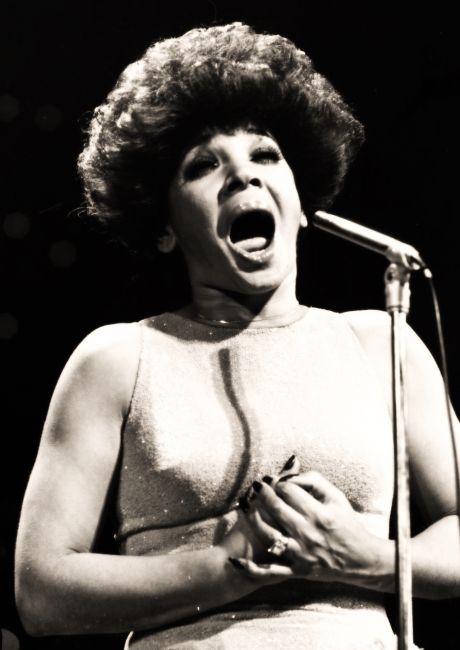 Shirley Bassey 1977