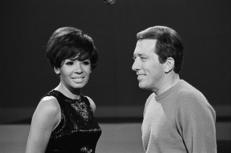 Shirley Bassey & Andy Williams at rehearsels for the Andy Williams show