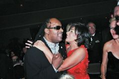 Stevie Wonder & Dame Shirley Bassey