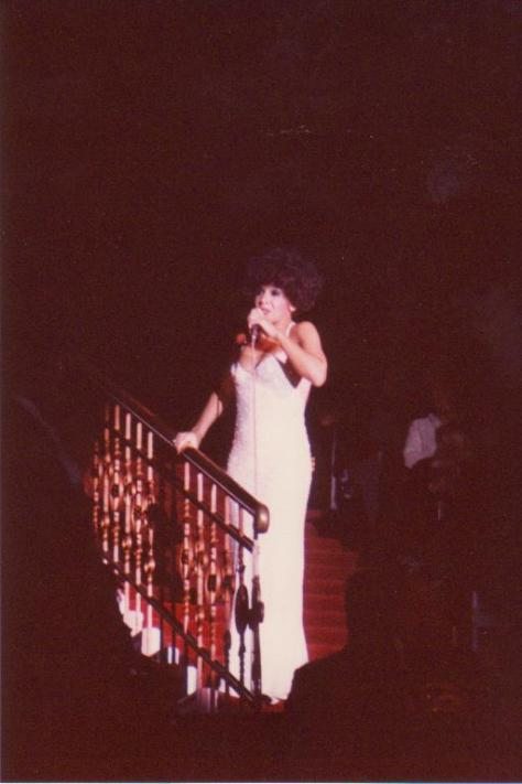 Dame Shirley performing Natali at a concert in Amsterdam in 1978