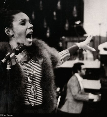 dsb-shirley-bassey-rehearsal-all-about-shirley-1972