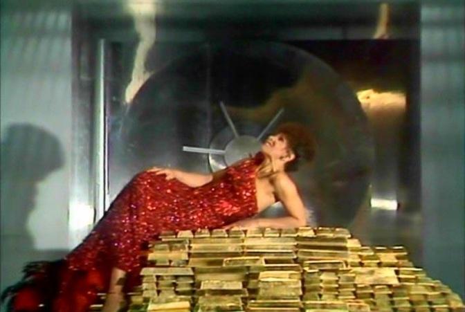 DSB on her three Bond Themes