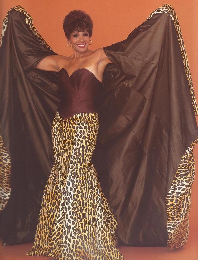 Viva Diva USACanada Shirley Bassey Blog