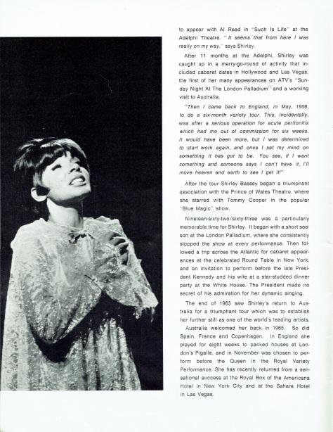 SB - 1966 Prince of Wales souvenir programme 4 - UK