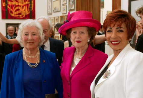 Queen visits Royal Academy, London